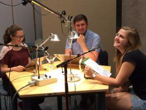 Bei den Sprachaufnahmen im Studio des BR / Bild: Astrid Thum