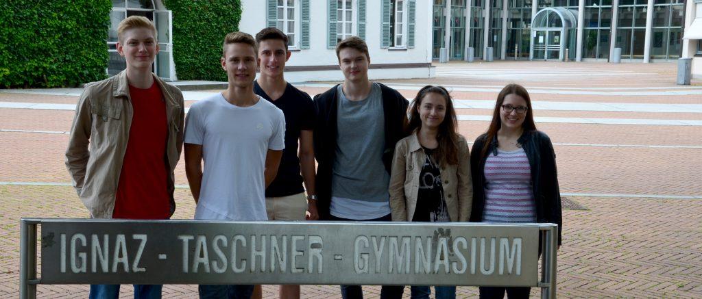 Das Audioguide-Team des Ignaz-Taschner-Gymnasiums / Bild: Simone Schütrumpf