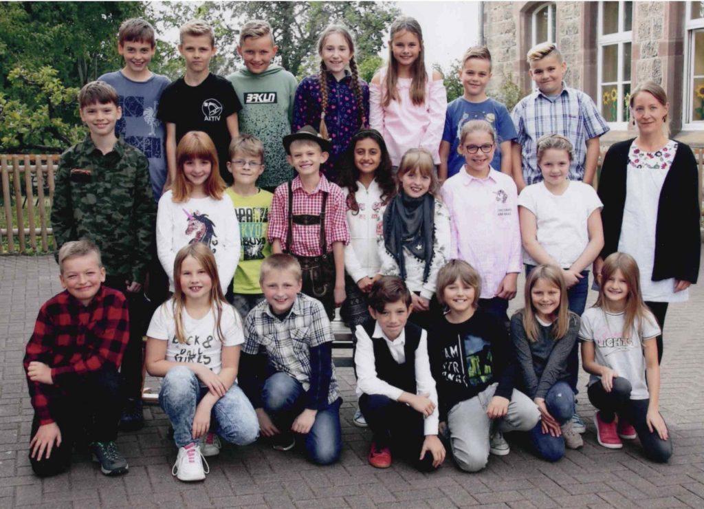 Klasse 4 der Mittelpunktschule in Lichtenfels-Goddelsheim